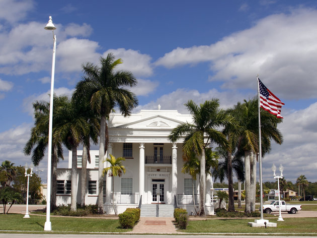 everglades city dating site Top everglades city tours: see reviews and photos of tours in everglades city,  florida on  everglades city tours   when are you travelling start date end  date  captain mike merritt's native guide service chokoloskee 16 km away.