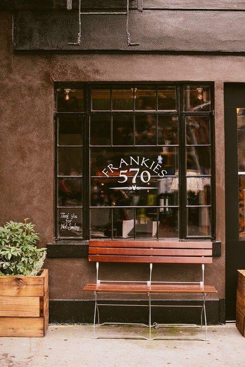 Frankie's 570 Restaurant
