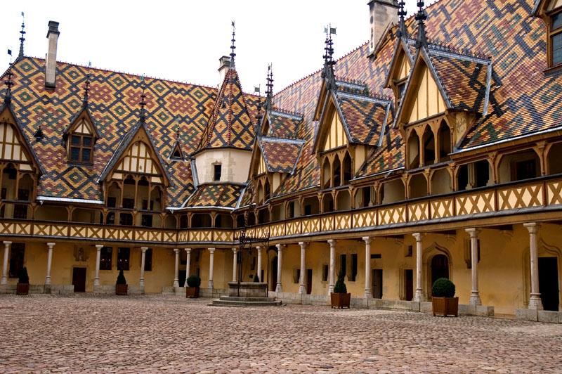 Hotel_Dieu_Beaune.jpg_