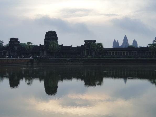 5 sol nascendo em angkor wat 2
