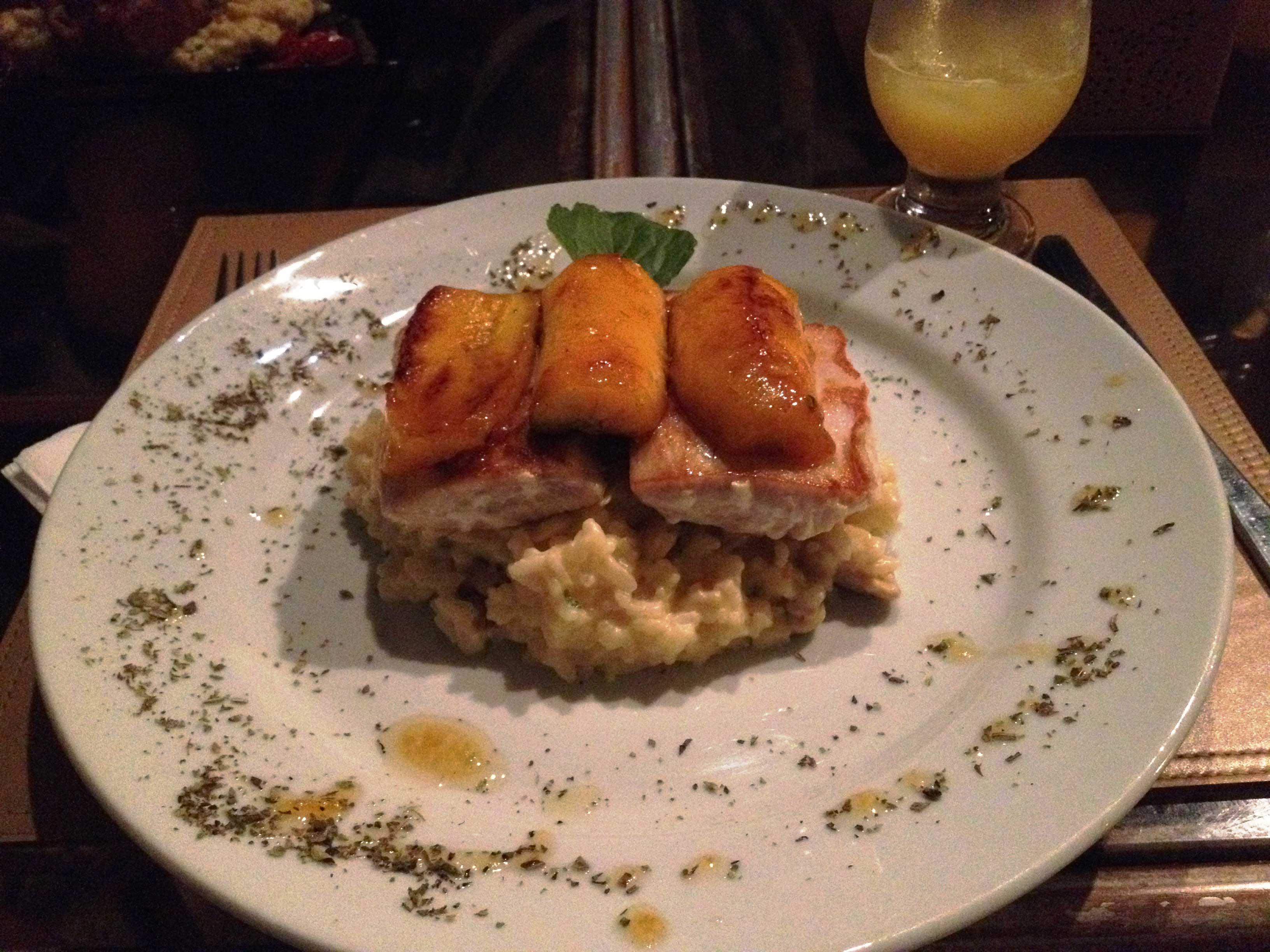 Restaurante Zé Maria: peixe com risoto e bananas