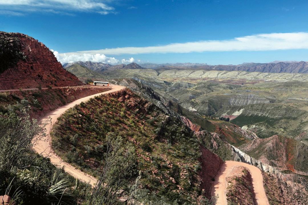 Estrada de montanhas, na Bolívia/ Crédito foto: Tom Parker