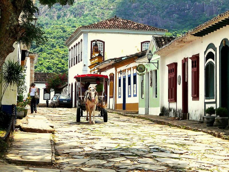 Crédito foto: http://blog.mundi.com.br/2013/10/22/as-ruas-mais-bonitas-do-brasil/