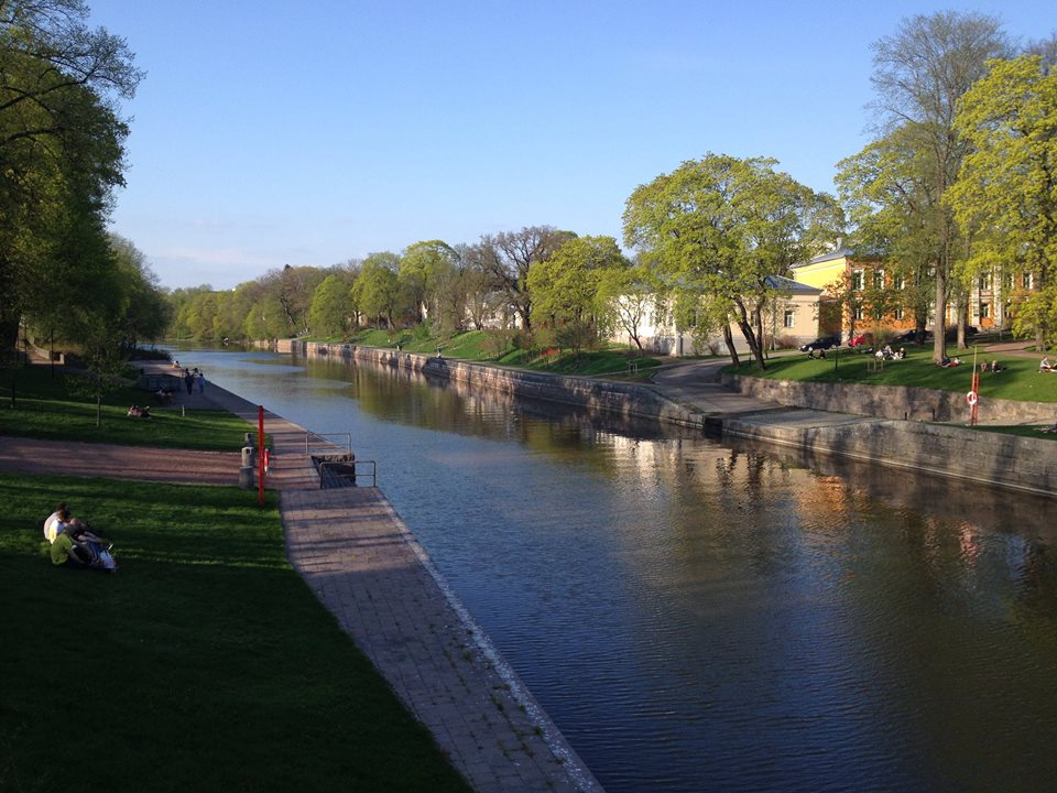 O mesmo rio, agora no verão