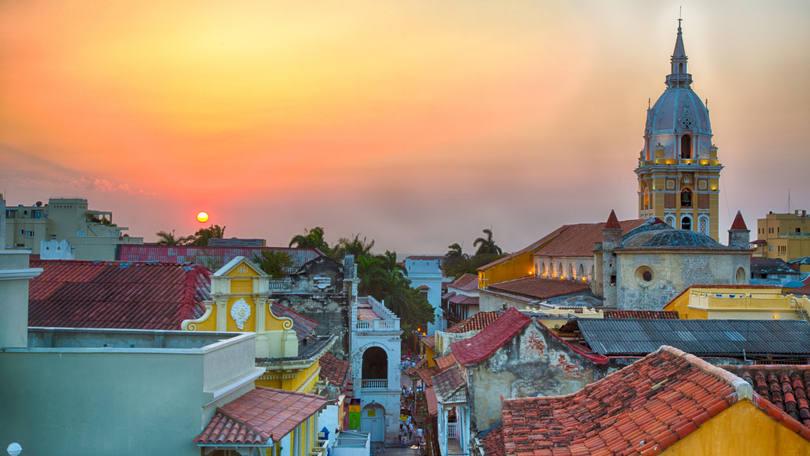 Crédito foto: http://exame.abril.com.br/seu-dinheiro/noticias/15-destinos-de-viagem-internacionais-pra-fugir-do-dolar-alto#16