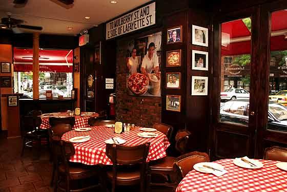 Crédito foto: https://www.theinfatuation.com/new-york/reviews/olio-pizza-e-piu