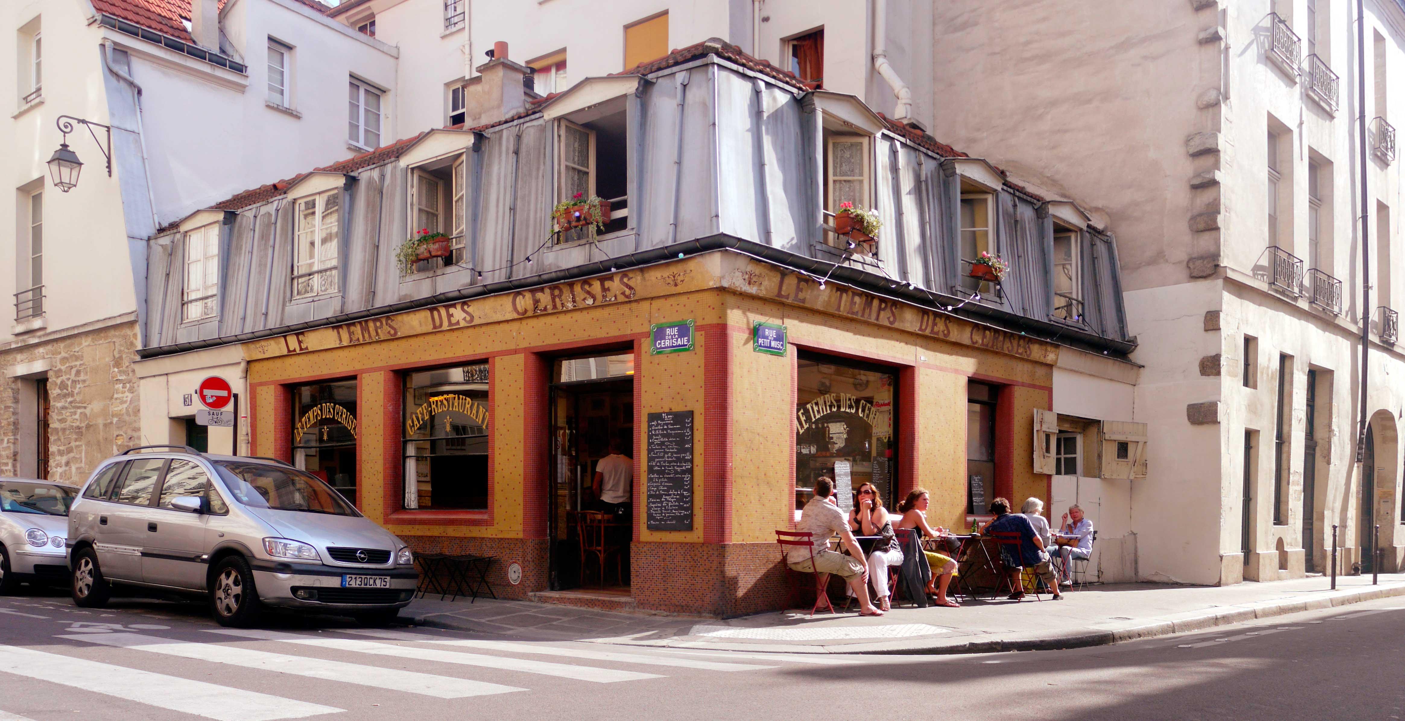 Crédito foto: https://commons.wikimedia.org/wiki/File:Le_temps_des_cerises_-_Paris.jpg