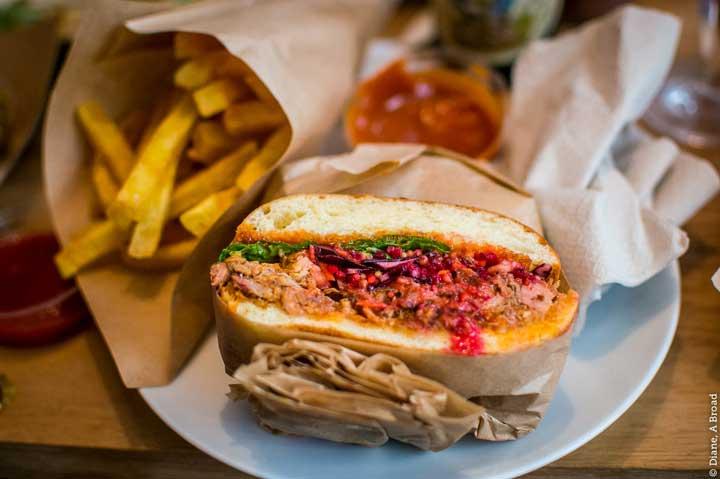 Crédhttp://hipparis.com/2013/08/22/high-end-takeout-verjus-frenchie-do-gourmet-sandwiches-to-go-in-paris/ito foto:
