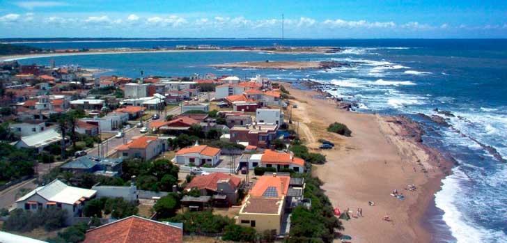 Crédito foto: http://quantocustaviajar.com/blog/10-cidades-ideais-para-surfistas/