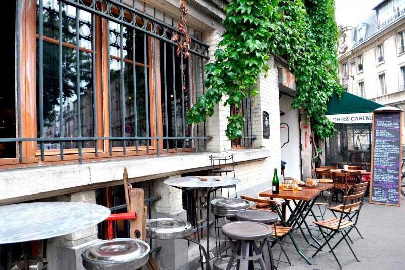 Crédito foto: http://www.parisbouge.com/mag/articles/la-pointe-du-grouin-le-qg-iode-des-fanas-de-charcutailles-1228