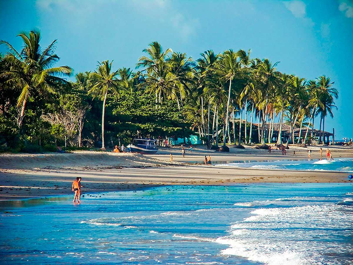 Crédito foto: http://www.jornaldosol.com.br/v2/index.php/turismo/723-com-pacote-de-r-118-mil-trancoso-ja-tem-poucas-vagas-para-reveillon