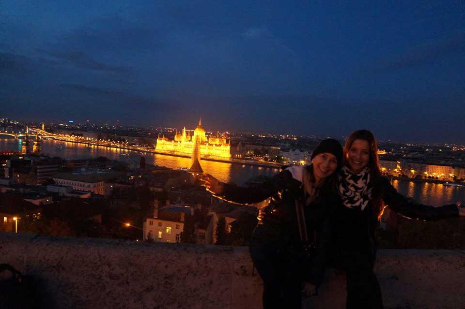Com minha mãe, no Bastião dos Percadores
