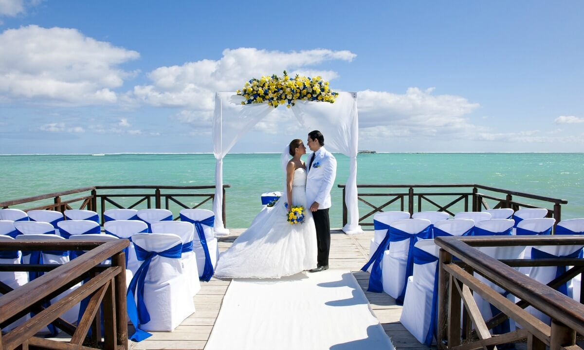 Crédito foto: http://checkin.trivago.com.br/2015/11/20/hoteis-para-casamento-na-praia/?cip=55110002040101&cip_tc=Destination-Wedding_C