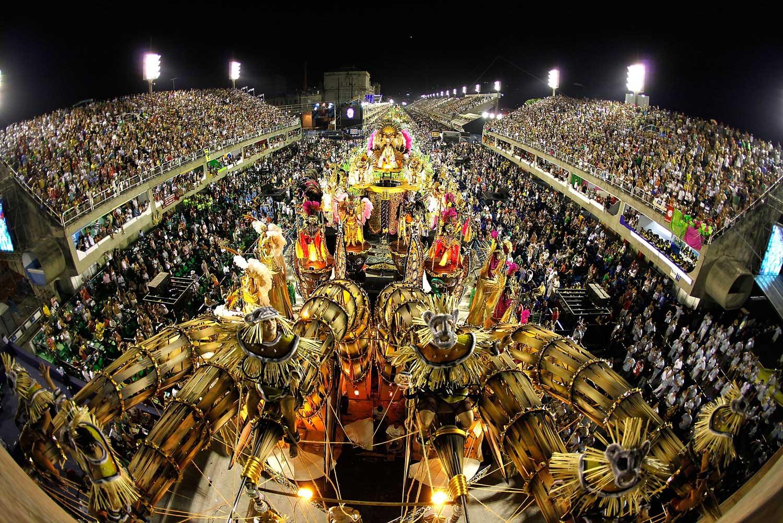 Crédito foto: http://silviatereza.com.br/carnaval-no-rio-de-janeiro/