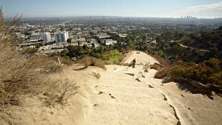 Crédito foto: http://www.timeout.com/los-angeles/attractions/runyon-canyon