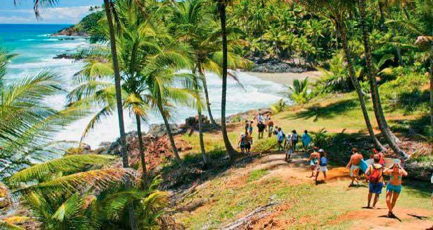 Crédito foto: http://www.guiadasemana.com.br/turismo/galeria/10-praias-escondidas-que-merecem-ser-visitadas-no-brasil