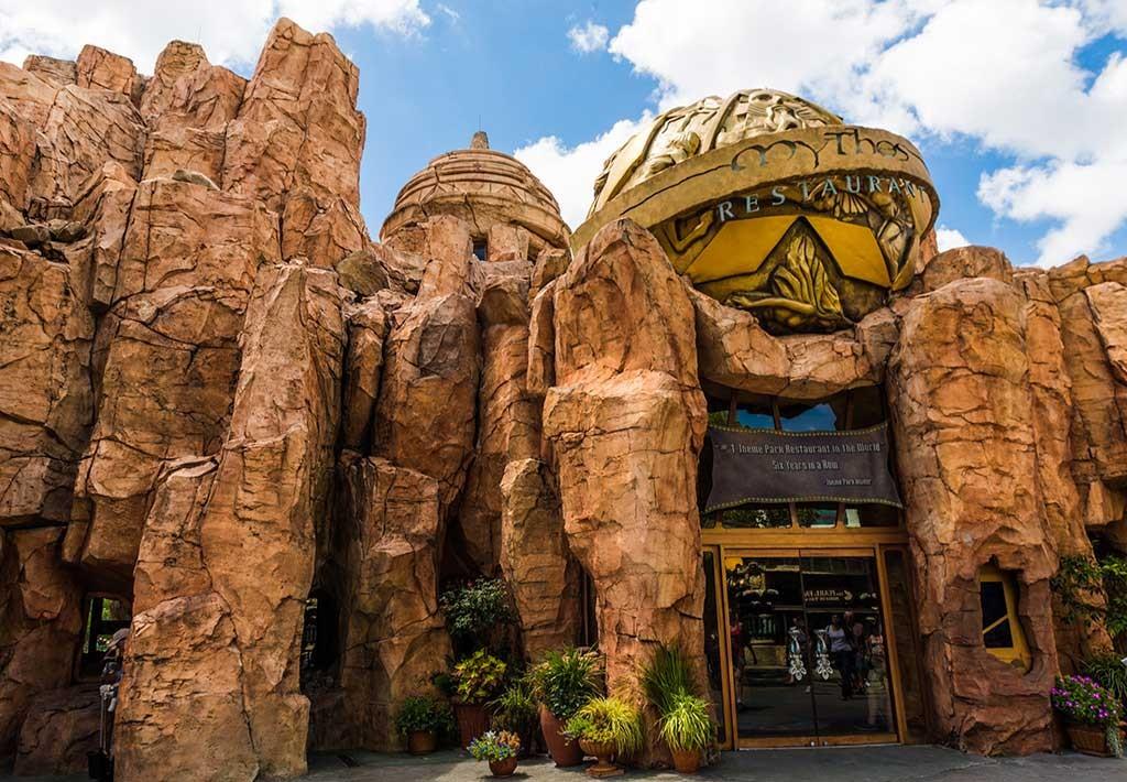 Crédito foto: http://www.travelcaffeine.com/mythos-restaurant-review-universal/