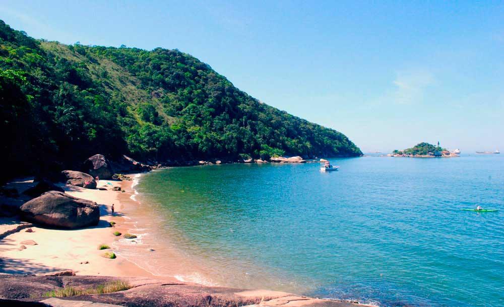 Crédito foto: http://www.guarujagora.com.br/onde-ir/praia-do-sangava/
