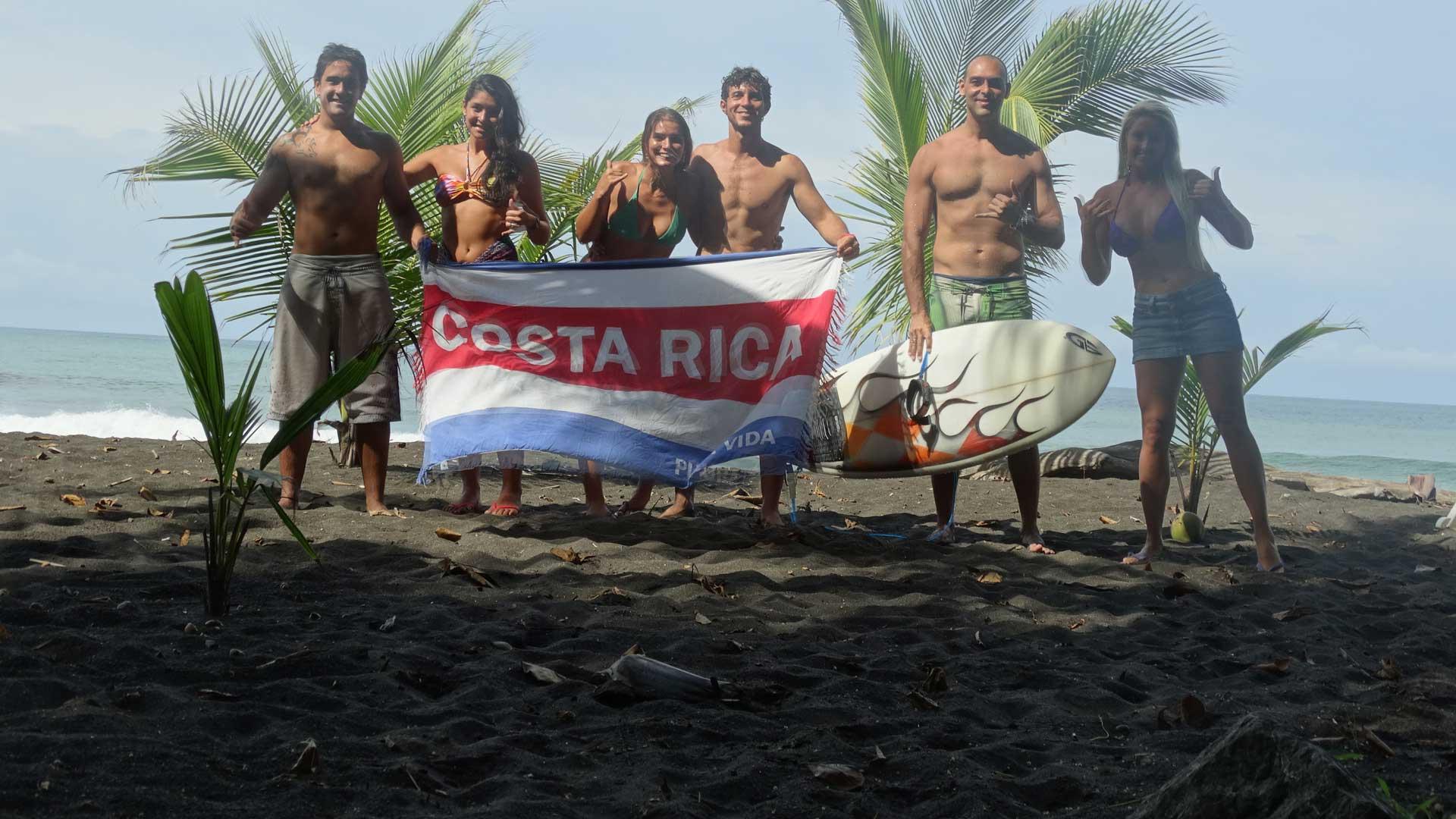 Surftrip com clientes em Playa Hermosa