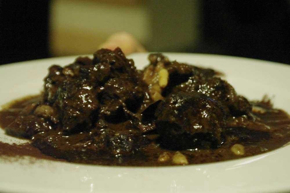 Crédito foto: http://www.foodmetender.com/it/ristoranti-in-italia/lazio/62-ristoranti-di-qualita-a-roma/125-l-asino-d-oro-monti-voto-7.html