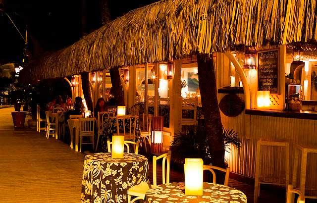 Crédito foto: http://www.buziosonline.com.br/home/portugues/o-que-ver-e-fazer/comer-e-beber/bar-do-ze.cfm