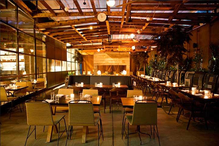 Crédito foto: http://retaildesignblog.net/2013/03/27/hinoki-the-bird-restaurant-by-milo-garcia-los-angeles/