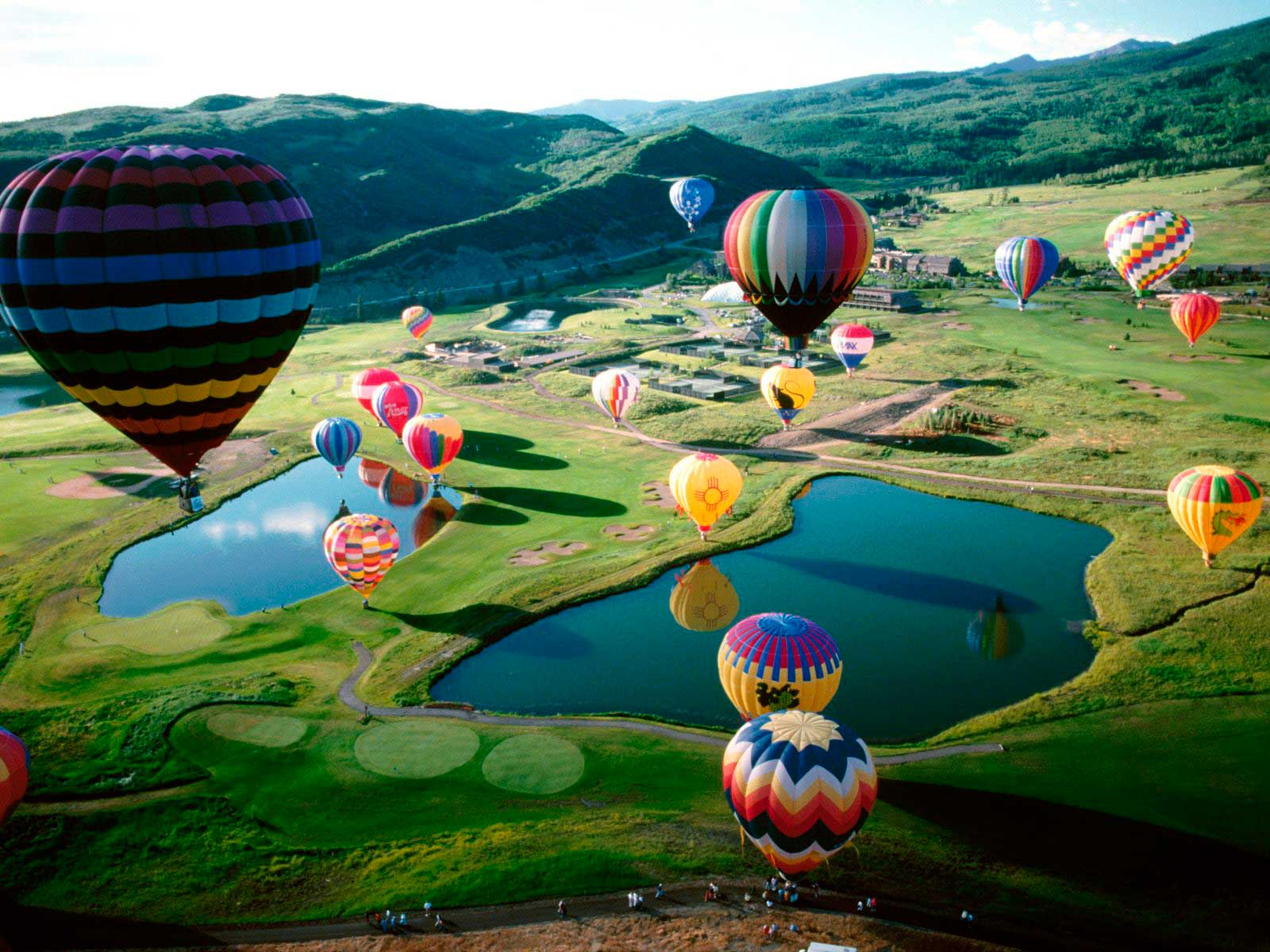 Crédito foto: http://www.travelenvogue.com/specials-and-reviews/view/50/Snowmass-Balloon-Festival