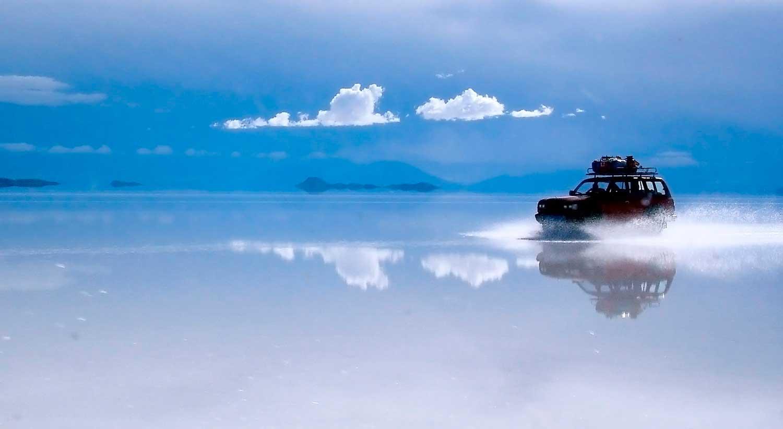 Crédito foto: http://www.trilhaseaventuras.com.br/salar-de-uyuni-o-maior-mundo-fica-na-bolivia/
