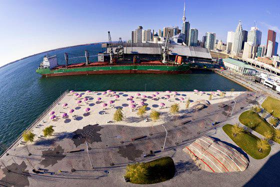 Crédito foto: http://www.trendingcity.org/sugar-beach-toronto-1/