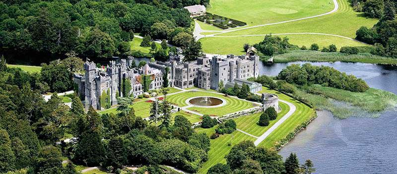 Crédito foto: https://www.tripadvisor.com.br/Hotel_Review-g663560-d246452-Reviews-Ashford_Castle-Cong_County_Mayo_Western_Ireland.html