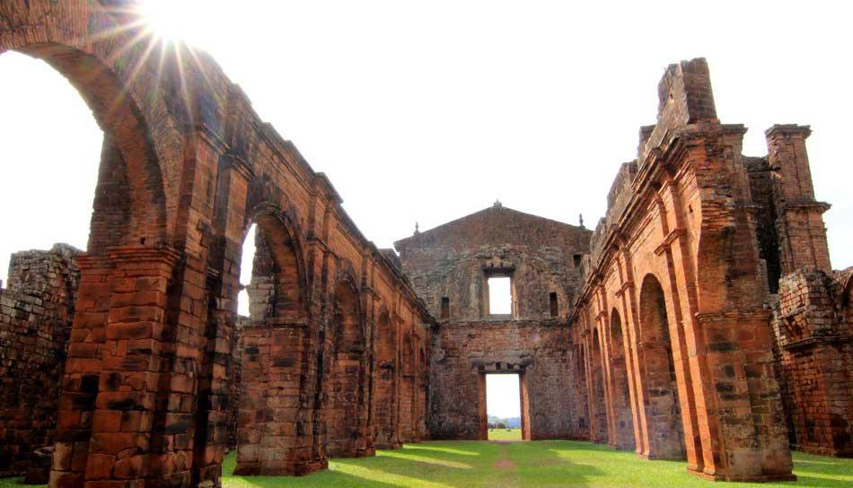 Crédito foto: https://terratributa-br.org/2012/07/20/as-ruinas-de-sao-miguel-das-missoes/