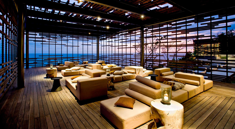 Crédito foto: https://www.designhotels.com/hotels/indonesia/bali/bukit-peninsula/alila-villas-uluwatu