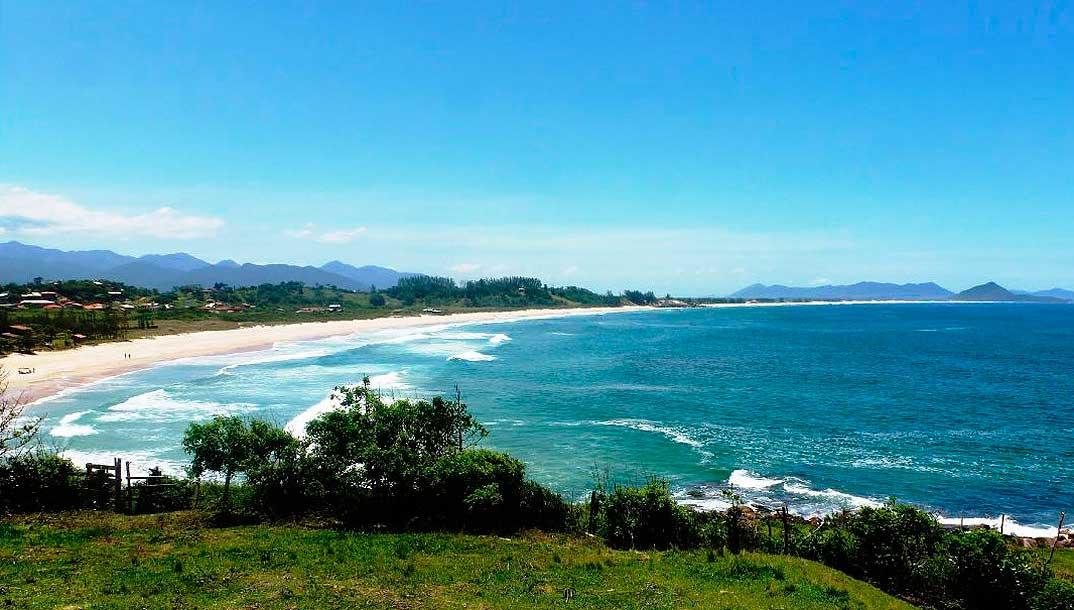 Crédito foto: http://loucosporpraia.com.br/praia-gamboa-garopaba/