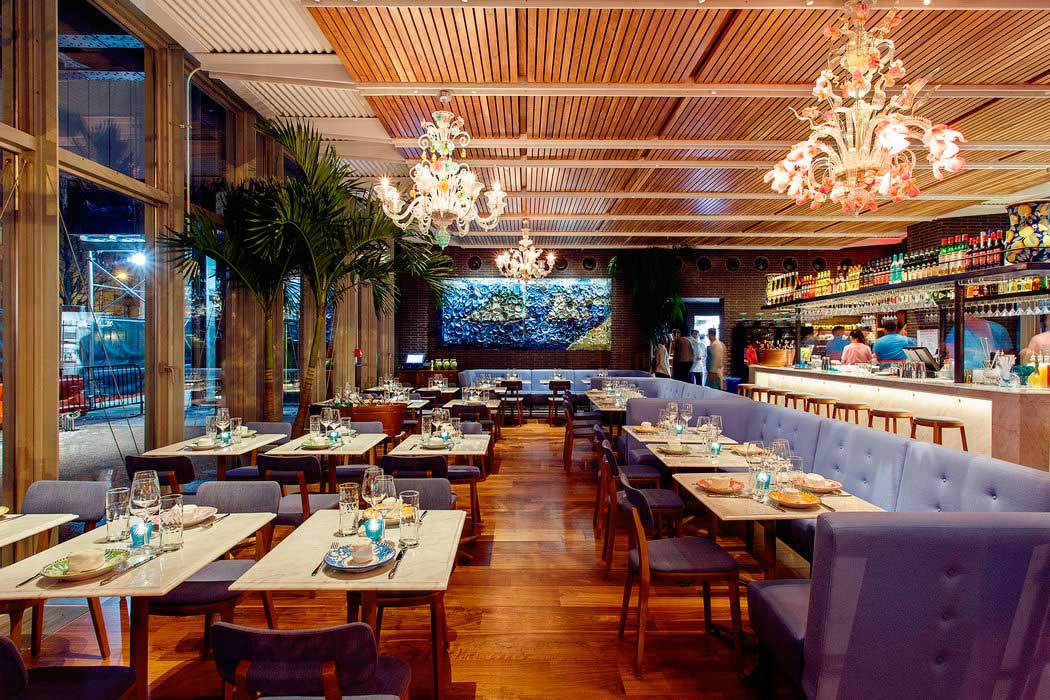 Crédito foto: http://www.nytimes.com/2015/01/14/dining/santina-opens-underneath-the-high-line.html?_r=0